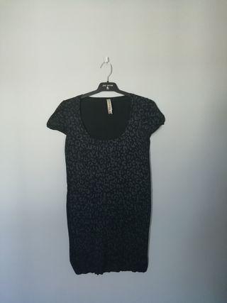camiseta stradivarius talla m
