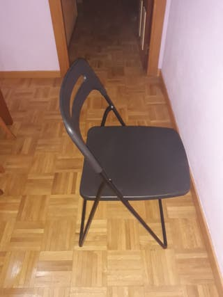 silla plegable Ikea en perfecto estado.