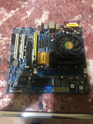 Placa base de ordenador con procesador