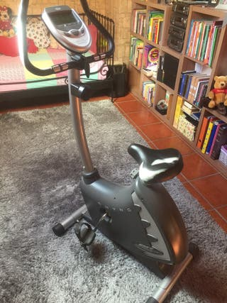bicicleta estatica BH Fitness casi sin uso