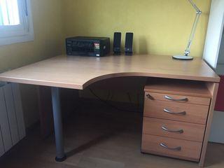 Mesa oficina en L con cajonera.