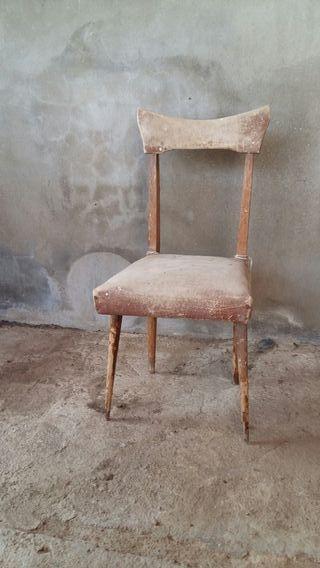 Sillas, sillón y mueble