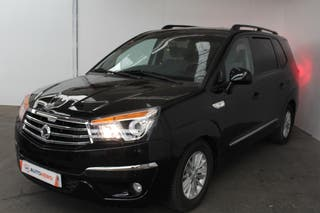 Ssangyong Rodius 2.0 TD Sapphire 2WD (2014)