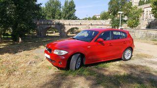 Precioso BMW Serie 1 120D Rojo