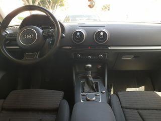 Audi A3 1.6 TDI 110cv s-line