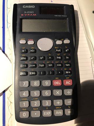 Calculadora científica FX-85MS