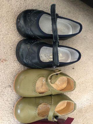 Zapatos piel bebé niña