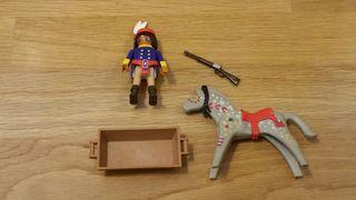 Playmobil indio y caballo