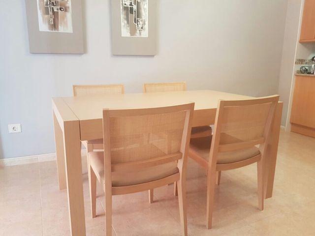 Conjunto mesa y sillas comedor de segunda mano por 500 € en La Vall ...