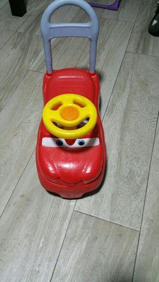 corre pasillos coche