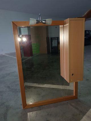 mueble/ espejo de cuarto de baño