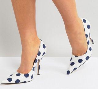 Zapatos de lunares T.37