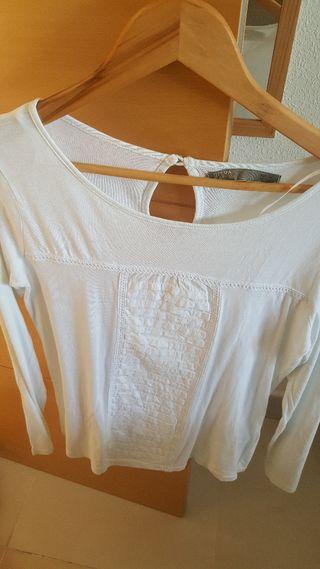 camisa suelta
