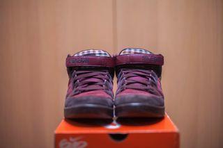 new styles c82ea 55565 Zapatillas deportivas bota Nike para basket