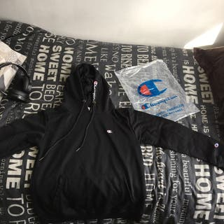 Champion hoodie (black)