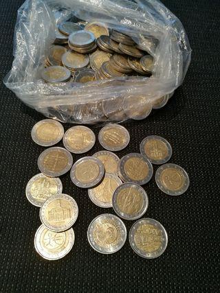 lote de 70 monedas de 2€ conmemorativas