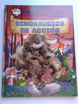 Dinosaurios En Accion