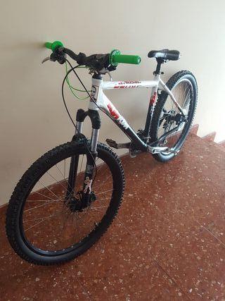 bicicleta de descenso ktm