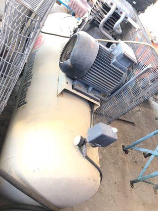 Compresor trifasico ingersoll rand