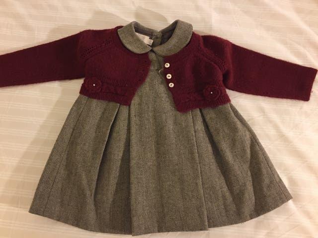 72c995fe4ec Conjunto Nanos 18 meses. Vestido y chaqueta de segunda mano por 75 ...