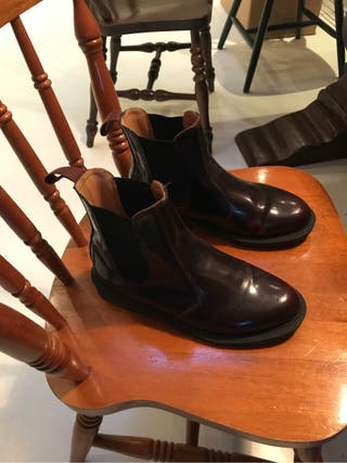 Doctor Martins chelsea boots