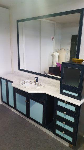 Liquidación de mobiliario de baño de exposiciones