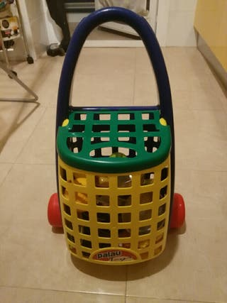 carrito compra de niños con complementos