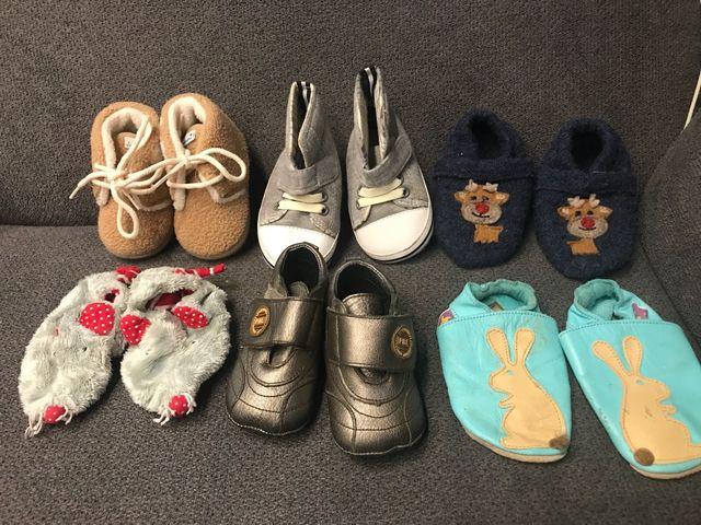 c10e99dbb8f Zapatos bebe talla 18 de segunda mano por 10 € en Vilanova del Camí ...