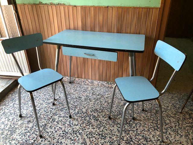 Mesa con sillas de cocina vintage de segunda mano por 150 € en Las ...