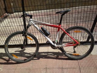Bicicleta Scott Scale 80