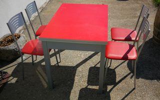 mesa de cocina extensible con sillas
