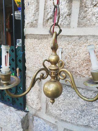 lampara antigua de metal