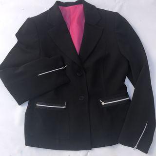 Blazer talla 42 negro forro rosa sin estrenar