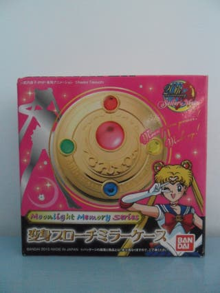 SAILOR MOON BROCHE MOONLIGHT MEMORY