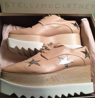 Alícia Bleye zapatos Stella Mccartney