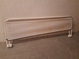 barrera protectora para cama de 90cm.