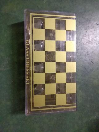 ajedrez de cristal pequeño