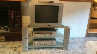 tv, mueble y tdt