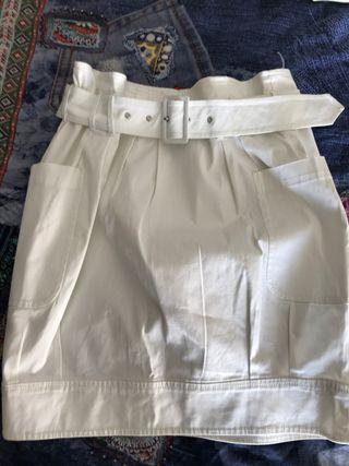 Falda globo blanca