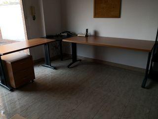 Mesa para oficina de segunda mano en WALLAPOP
