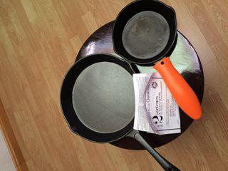 2 Sartenes hierro Fundido + mango silicona