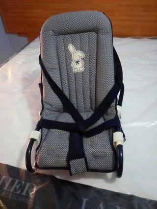 la silla del bebé
