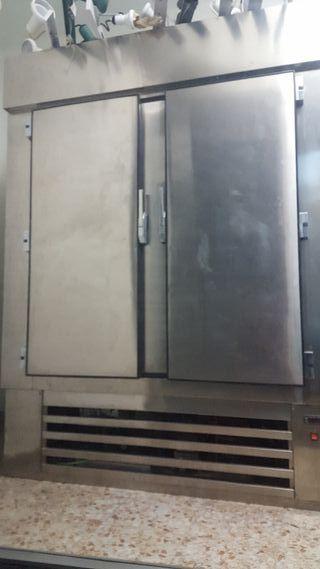 nevera dos puertas industrial