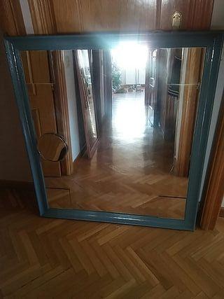 Espejo grande dormitorio baño. Con aumento