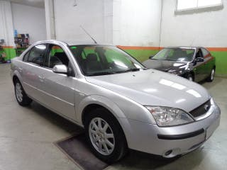 Ford Mondeo 1.8i 125CV Impecable !
