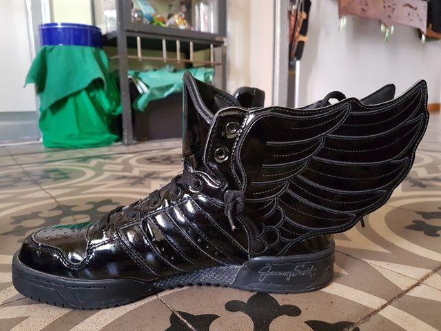 best wholesaler 0faa4 9c03d Adidas Jeremy Scott ...