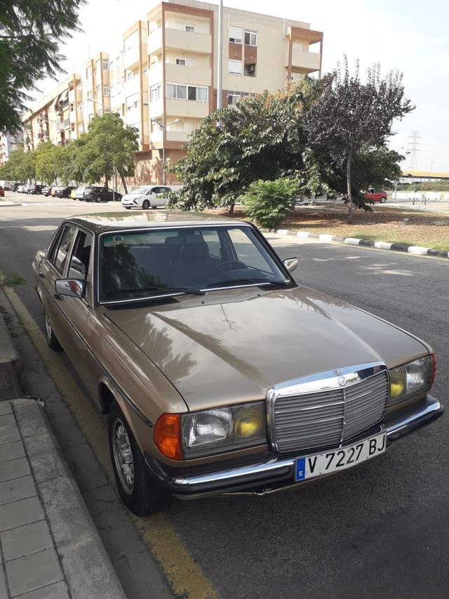 Mercedes-Benz w123 1983