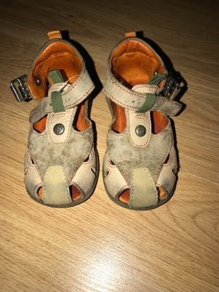 Sandalias niño
