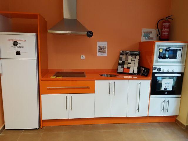Muebles de cocina nuevos. de segunda mano por 999 € en Guardo en ...
