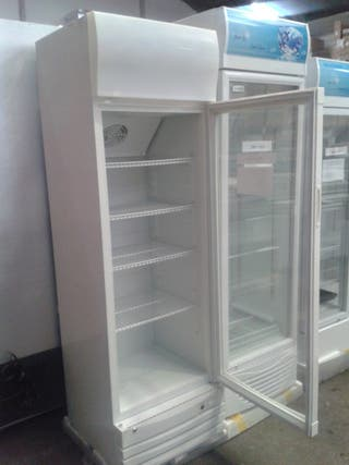 Armario refrigerado 1 puerta cristal